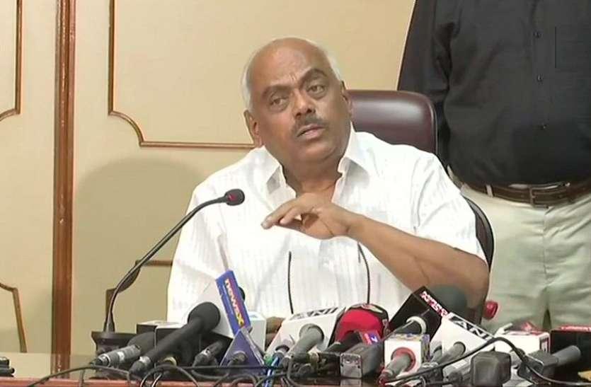 कर्नाटक: विधानसभा स्पीकर बोले- 8 विधायकों के इस्तीफे का फॉर्मेट गलत, जल्दबाजी में नहीं करूंगा फैसला