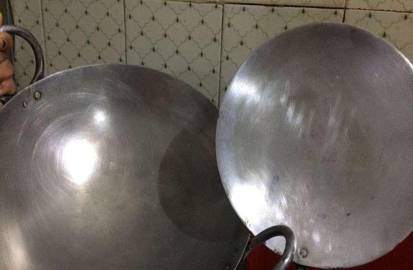 Image result for रसोई का तवा साफ