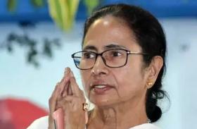 ममता बनर्जी का विधायकों को निर्देश, जनता से मिलें तो पहले की गलतियों पर मांगें माफी