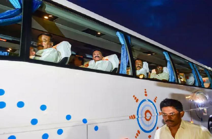 कर्नाटक में सियासी संकट बरकरार: बागी विधायक स्पीकर से मिलकर मुंबई वापस लौटे