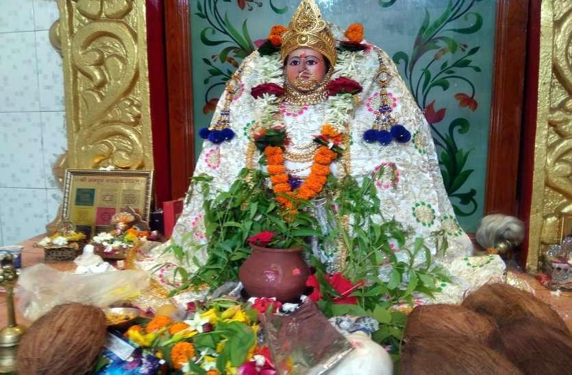 शीतला मंदिर में हुई जुड़वास पूजा...
