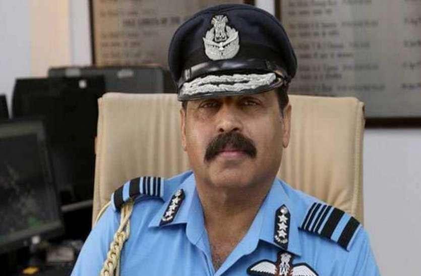 फ्रांस: एयर मार्शल ने रफाल में भरी उड़ान, कहा- IAF के लिए गेम चेंजर साबित होगा
