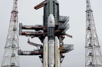 उलटी गिनती शुरू, चंद्रमा पर उतरने के लिए अंतरिक्ष में महाछलांग तड़के 2.51 बजे