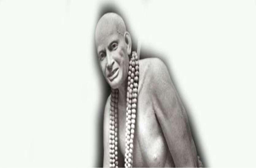 Guru purnima 2019 : धूनिवाले दादाजी माने जाते थे शिव जी का अवतार, गुरु पूर्णिमा पर यहां लगती है भक्तों की भीड़