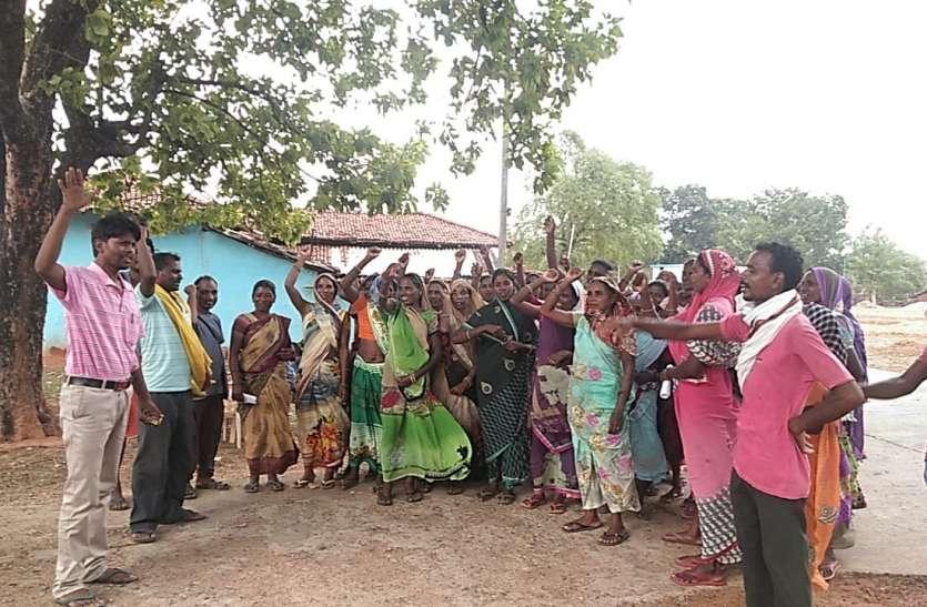 चिपको की तर्ज पर ग्रामीण चला रहे 'गिनती आंदोलन, 500 ग्रामीणों को मनाने आएगी आंध्रप्रदेश सरकार