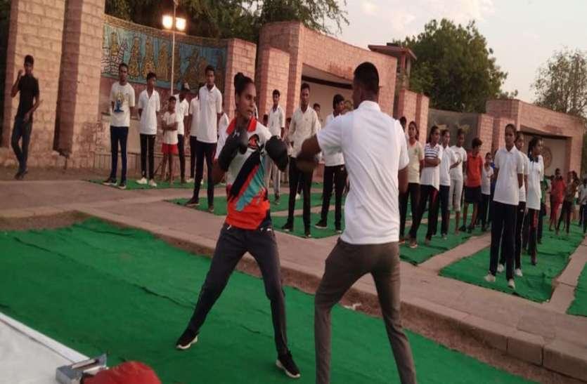 जोधपुर की बेटियां 'मैरीकॉम' की राह पर, बॉक्सिंग सीख कर ला रही हैं सामाजिक परिवर्तन