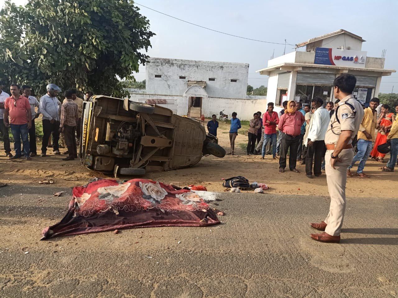तेज रफ्तार ट्रक ने ले ली दो महिलाओं की जान