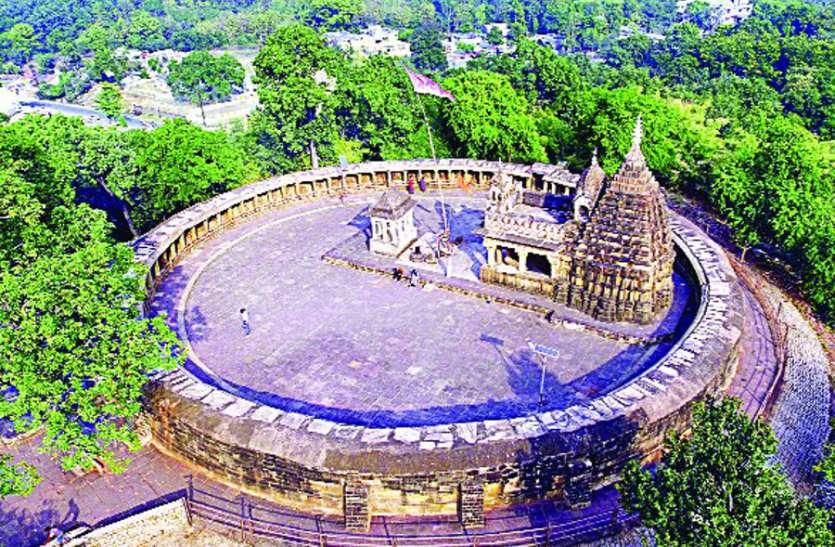 19 साल से बंद है चौंसठ योगिनी मंदिर का एक दरवाजा