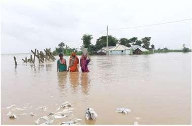 कोसी का विकराल रूप, बाढ़ में गई 30 जानें, दस जिले प्रभावित