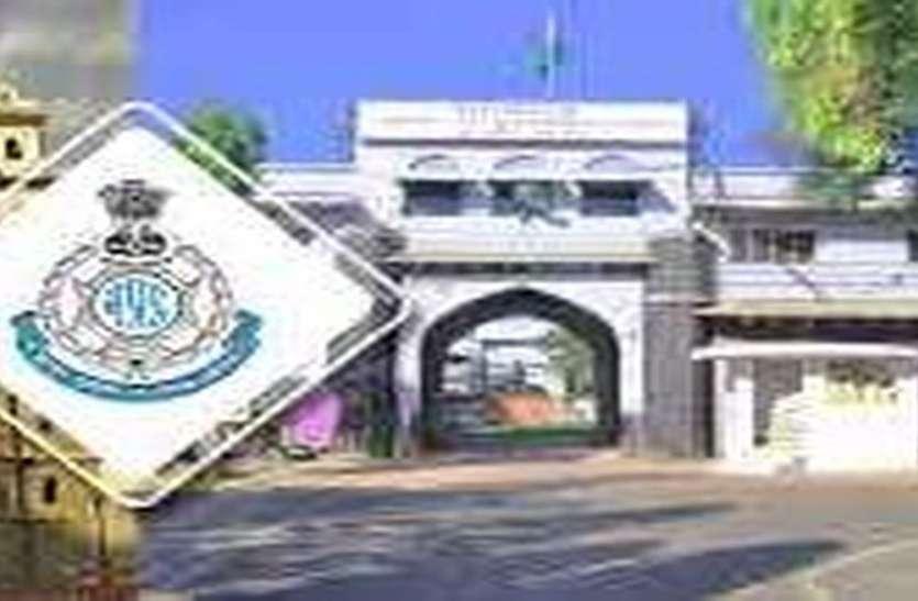 थाने पर बिना सूचना दिए जुआ पकडऩे गए पुलिसकर्मी लाइन अटैच