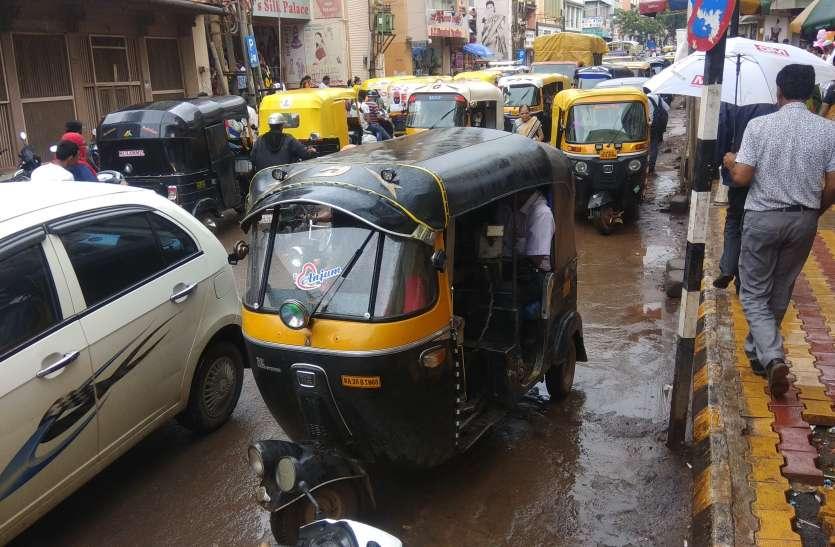 जुड़वां शहर में शीघ्र लागू होगी ट्रैफिक वार्डन व्यवस्था