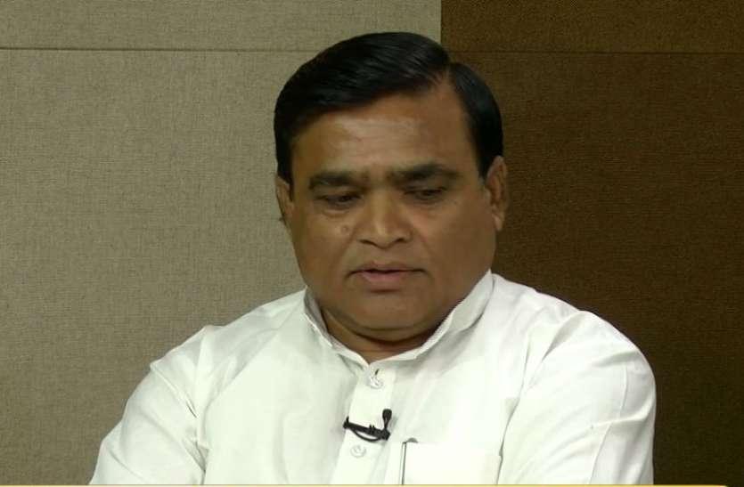 हार पर कमलनाथ के मंत्री ने कहा- 70 दिन तो स्वागत कराने में बीत गए और मोदी सुनामी में लोकसभा चुनाव निपट गया