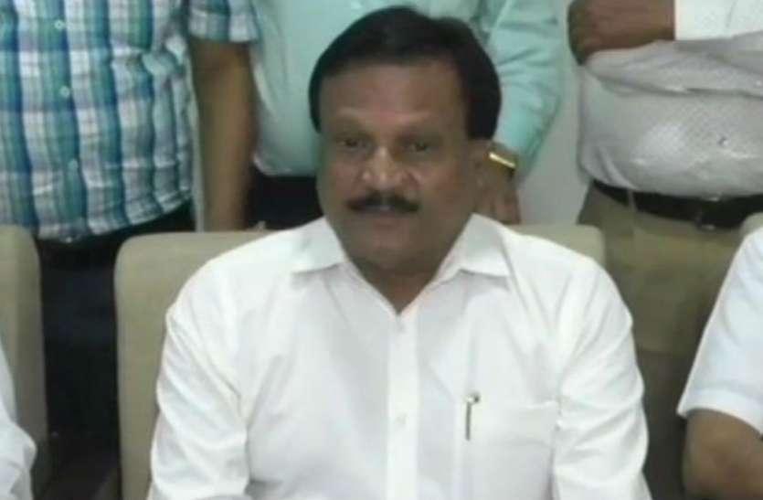 VIDEO: मंत्री ने कहा- भाजपा की मानसिकता कुत्तों वाली, बीजेपी बोली- हम जनता के कुत्ते हैं उनके लिए भौंकते रहेंगे