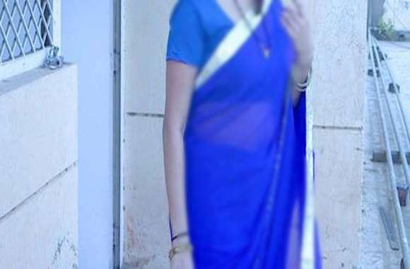 पति व पुत्र को जान से मारने की धमकी देकर विवाहिता के साथ बलात्कार