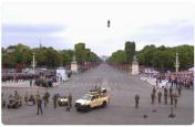हवा में 'उड़ते सैनिक' का वीडियो वायरल, फ्रांस  के राष्ट्रपति भी हैरान