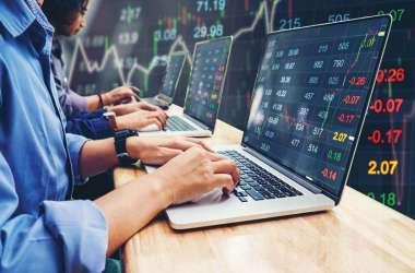 Share Market Closing: 234 अंक चढ़कर बंद हुआ सेंसेक्स, 14 फीसदी उछले यस बैंक के शेयर्स