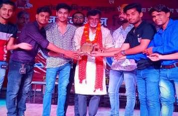 जयपुर के थिएटर ग्रुप ने गाजियाबाद में जीते 13 पुरस्कार