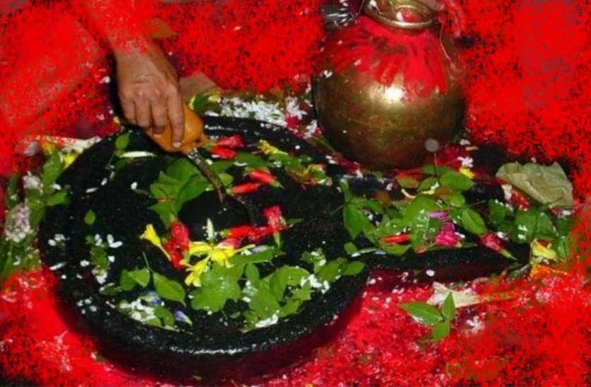 सावन में अभिषेक और बेलपत्र इसलिए है भगवान शंकर को सबसे अधिक प्रिय