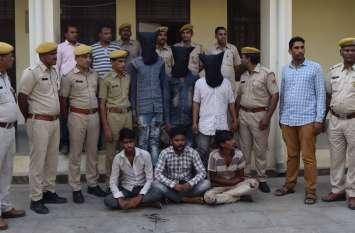 crime : डकैती व लूट के तीन मामलों का खुलासा, नौ को पकड़ा