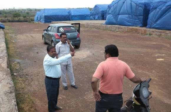 Investigation : दो हजार क्विंटल गेहूं गायब करने के मामले की जांच करने सिंगवासा पहुंचे अफसर
