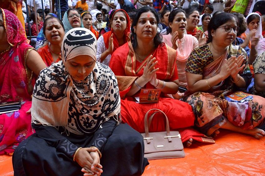 Ishrat threatened to kill him after participating in Hanuman Chalisa: हनुमान चालीसा पाठ में भाग लेने पर इशरत को जान से मारने की धमकी