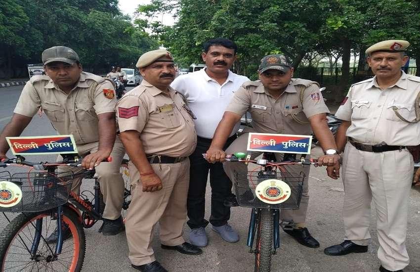 Delhi Police Cycling Petroling