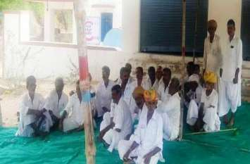 Kisan-karj-mafi-in-rajasthan: आसाणा में परिजनों को दिलवाया दस लाख का ऋण, फिर करवाया माफ