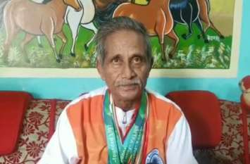 65 साल के केशव प्रसाद ने सिंगापुर में जीता गोल्ड मेडल, कहा जब तक देगा शरीर साथ, देश का बढ़ाउंगा मान