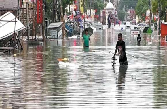 राजस्थान में यहां बदला मौसम का मिजाज, जमकर बरस रहे बादल, खिल उठे किसानों के चेहरे