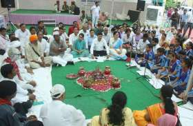 गांधी संदेश यात्रा में दिखा उत्साह, नन्हे-मुन्ने और बुजुर्ग गांधी सबके रहे आकर्षण के केंद्र...देखिए तस्वीरें
