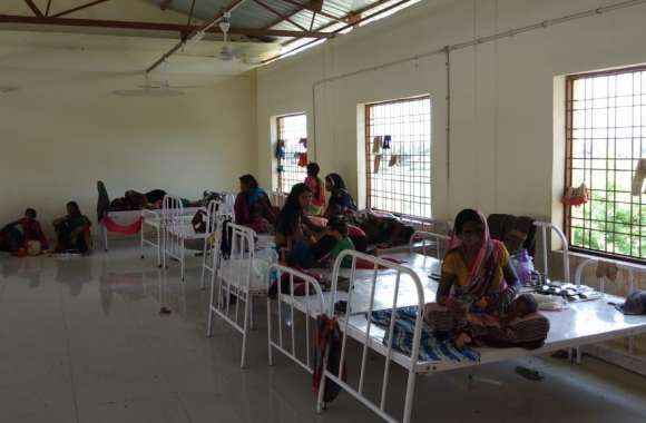 20 बेड की एनआरसी में भर्ती कर लिए 80 बच्चे, अब चरमराई सेवाएं