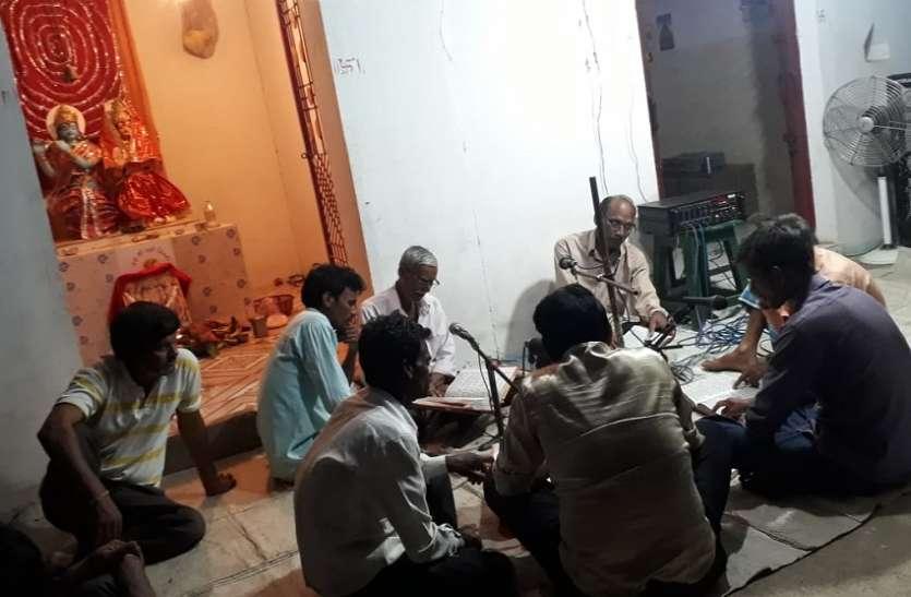 इंद्र देवता को मनाने मंदिरों में हो रहे आयोजन