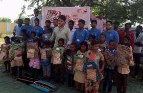 बूंदी का सोया गांव, स्कूल ड्रेस पाकर खिले बच्चों के चेहरे