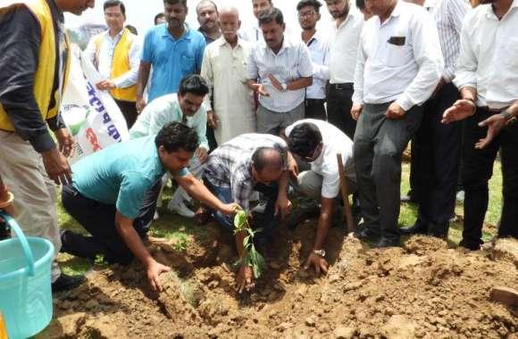 राजस्थान पत्रिका का अभियान: जुटा कारवा अब हरियाला होगा 'कल'   ...देखिए तस्वीरें