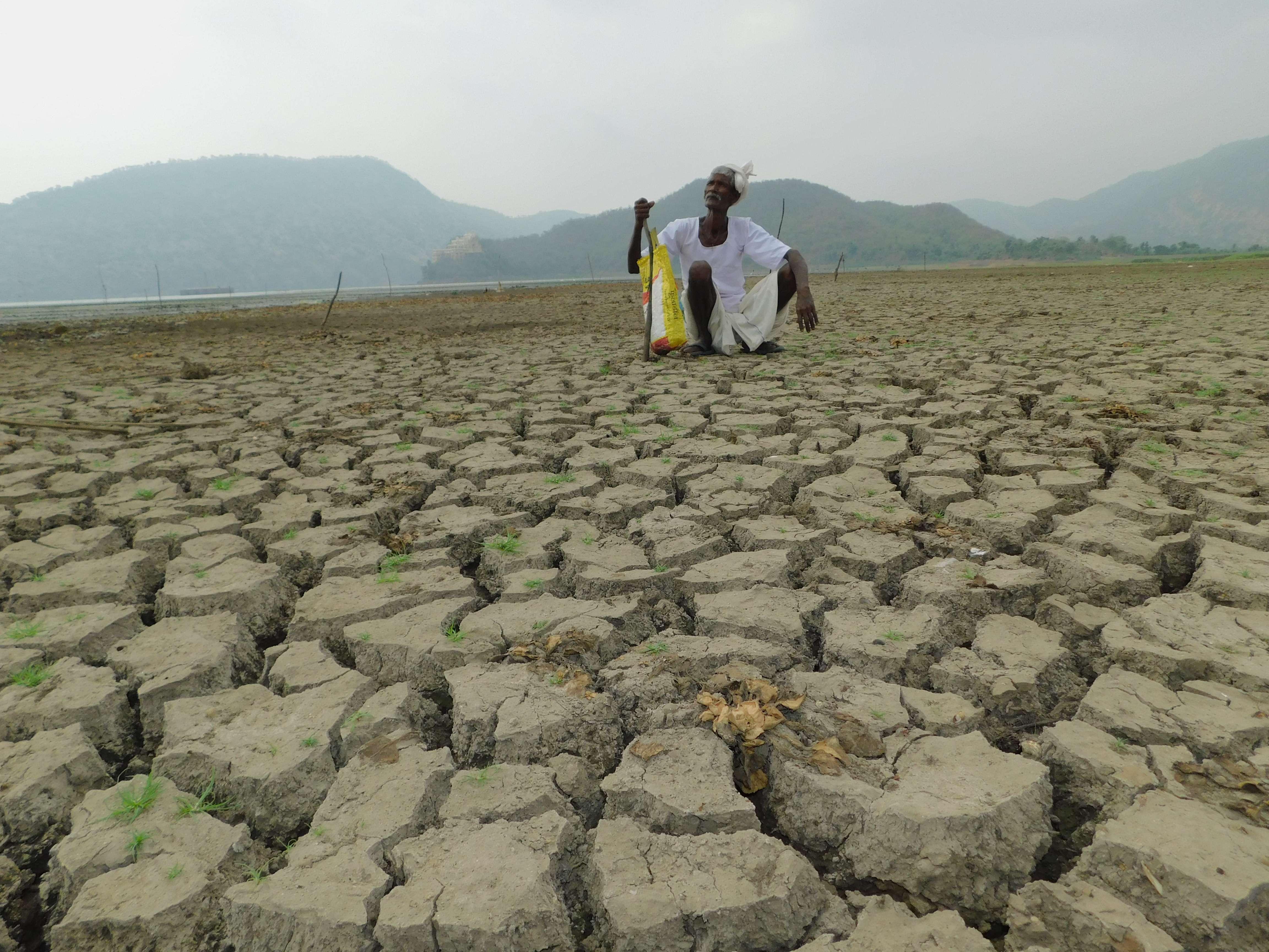 siliserh lake alwar : No Water In Siliserh Lake Alwar