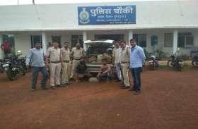 शराब से भरी कार को जेवरा पुलिस ने किया जब्त, दो गिरफ्तार