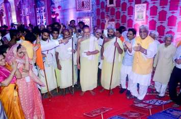 Mumbai Chaturmas : नित्यानंद सूरीस्वर का भव्य चातुर्मास प्रवेश