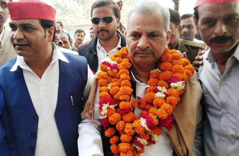 सपा प्रदेश अध्यक्ष ने सीएम योगी पर बोला हमला, बेकसूर आजम खान पर दर्ज करवाया मुकदमा