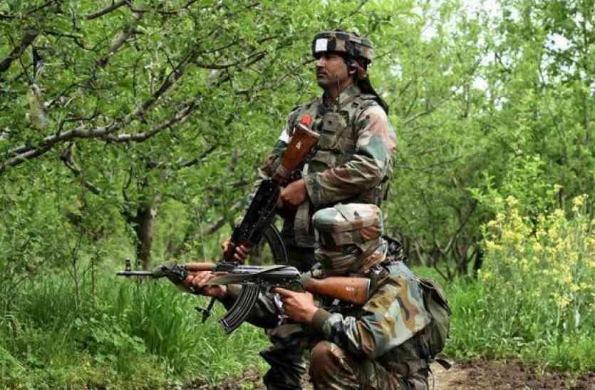 पाकिस्तानी फायरिंग के बीच कश्मीर में गरजे रक्षामंत्री, कोई रोक नहीं सकता कश्मीर का समाधान