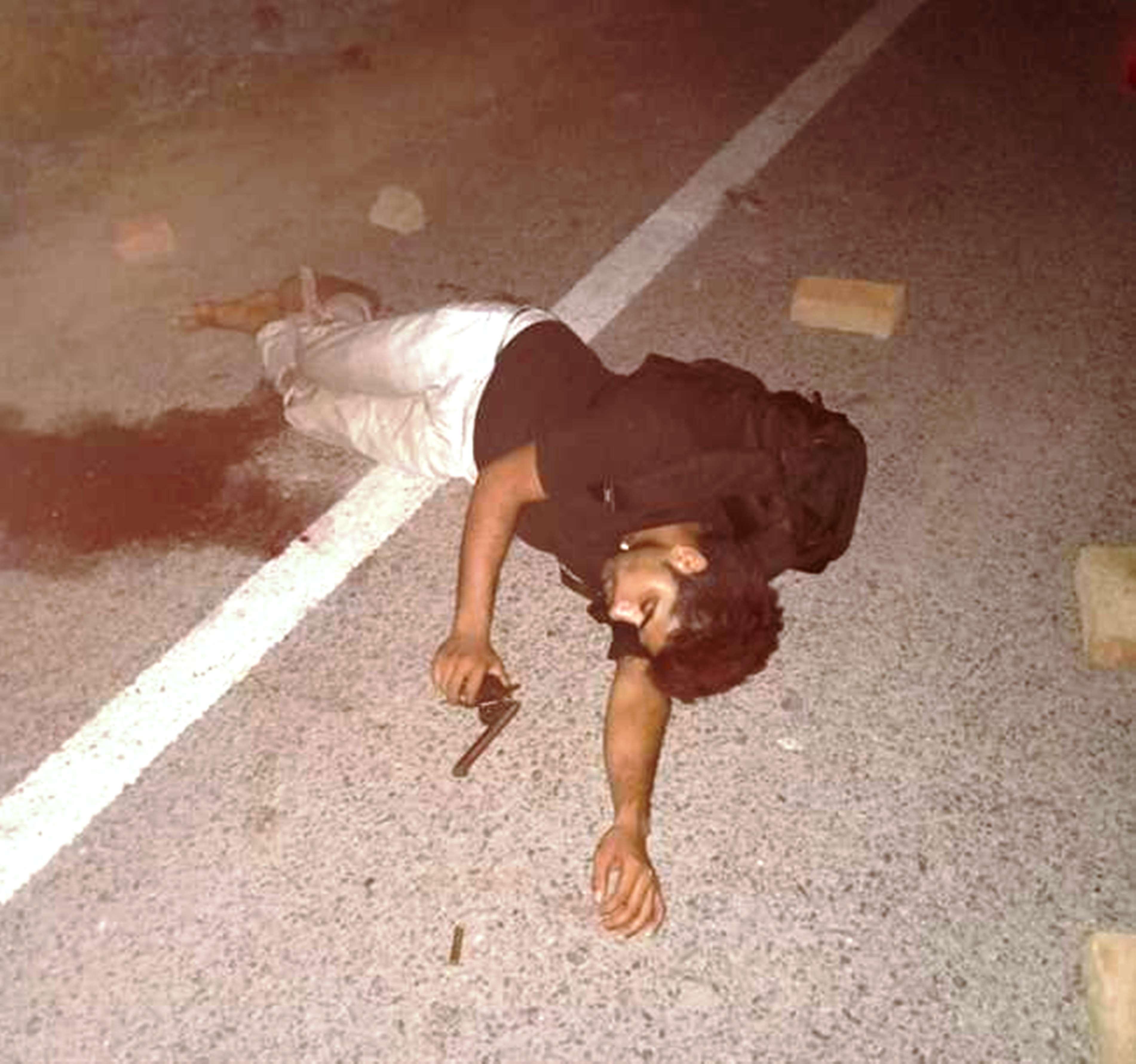 """KANPUR POLICE  का """"धड़ाधड़ एनकाउंटर"""" जारी, डी 121 गैंग के बादशाह को गोली लगी"""