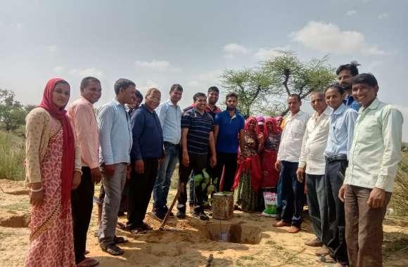 Jaipur rural :  खाली पड़ी चरागाह भूमि में लगाए 160 पौधे