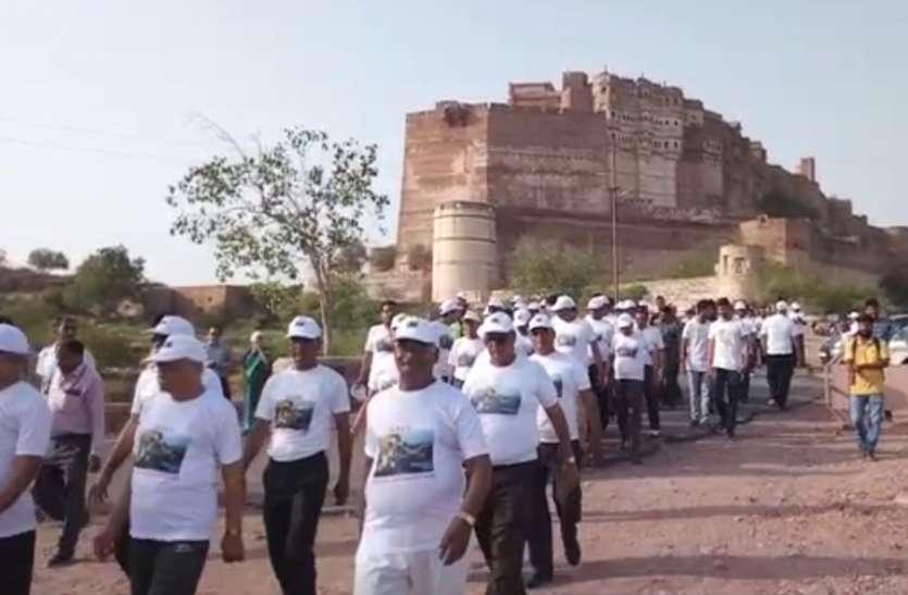 जियो हैरिटेज वॉक से जानी जोधपुर की संस्कृति, जीवाश्म देख हुए अभीभूत