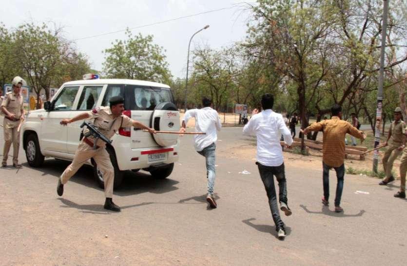 जेएनवीयू के हॉस्ट्ल्स पर पुलिस कर रही बड़ी कार्रवाई, हुड़दंग करने वालों की अब खैर नहीं!