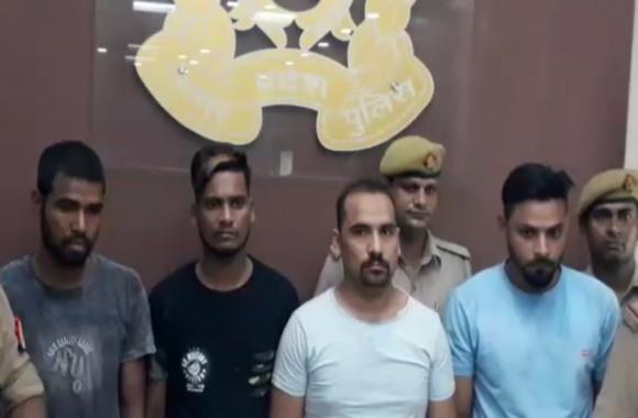 BIJNOR: छाछ न देने पर नशे में धुत सात युवकों ने दूधिया को पीट-पीटकर उतारा मौत के घाट, मचा कोहराम- देखें वीडियो