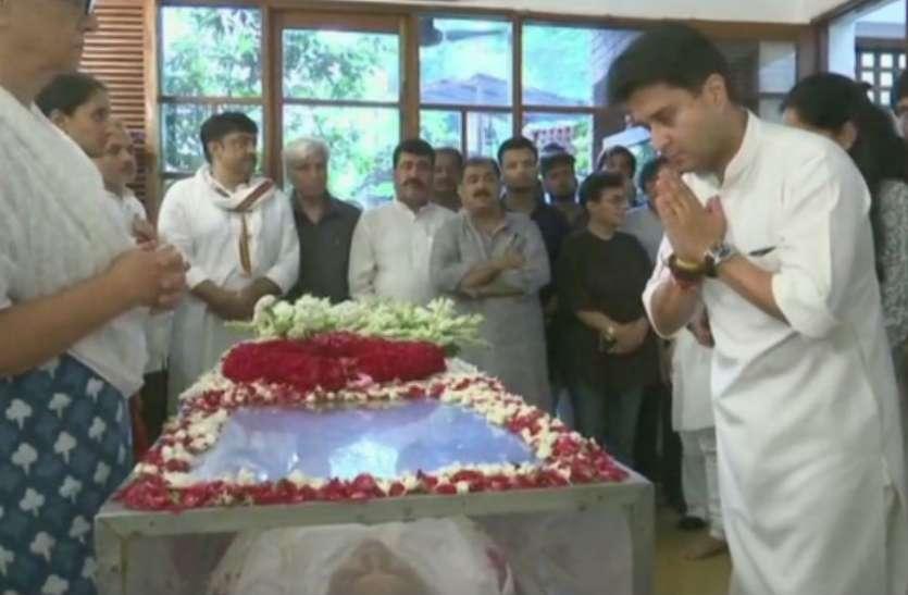 'राजनीतिक संकीर्णता से दूर रहती थीं शीला दीक्षित, वे सहज और शिष्ट राजनीतिज्ञ थीं'