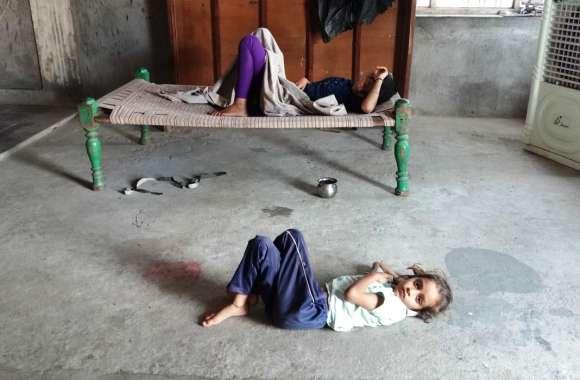 पानी पताशे खाने से 20 से अधिक बच्चों की तबीयत बिगड़ी