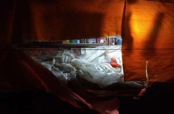 आधी रात चूड़ी मार्केट में लूटपाट