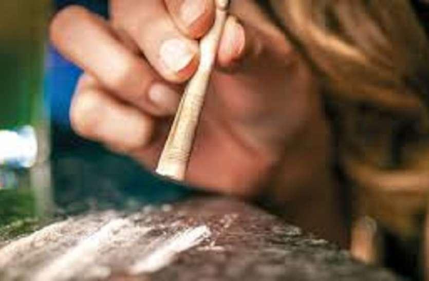 मालदह में हथियार व मादक पदार्थ के 4 तस्कर गिरफ्तार