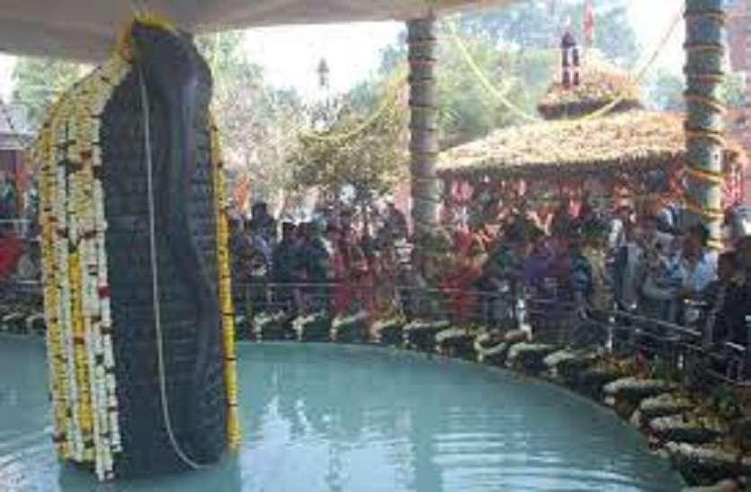 देश विदेश में कही नहीं शिव का ऐसा धाम, एक दो नही 525 शिवालय है, शिवपुरी धाम में, पशुपति नाथ के भी होते है दर्शन