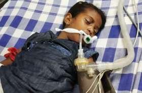 रात को खाना खाकर सोए बच्चों को सांप ने डसा, सुबह इकलौते भाई की मौत, बहन डीप कोमा में, परिवार में मचा कोहराम